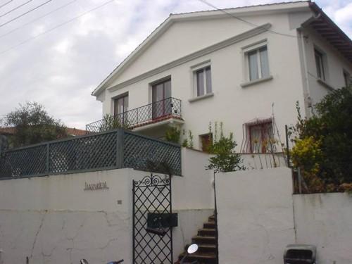 APPARTEMENT DE 120 M² en location vacances à ST JEAN DE LUZ CENTRE-VILLE