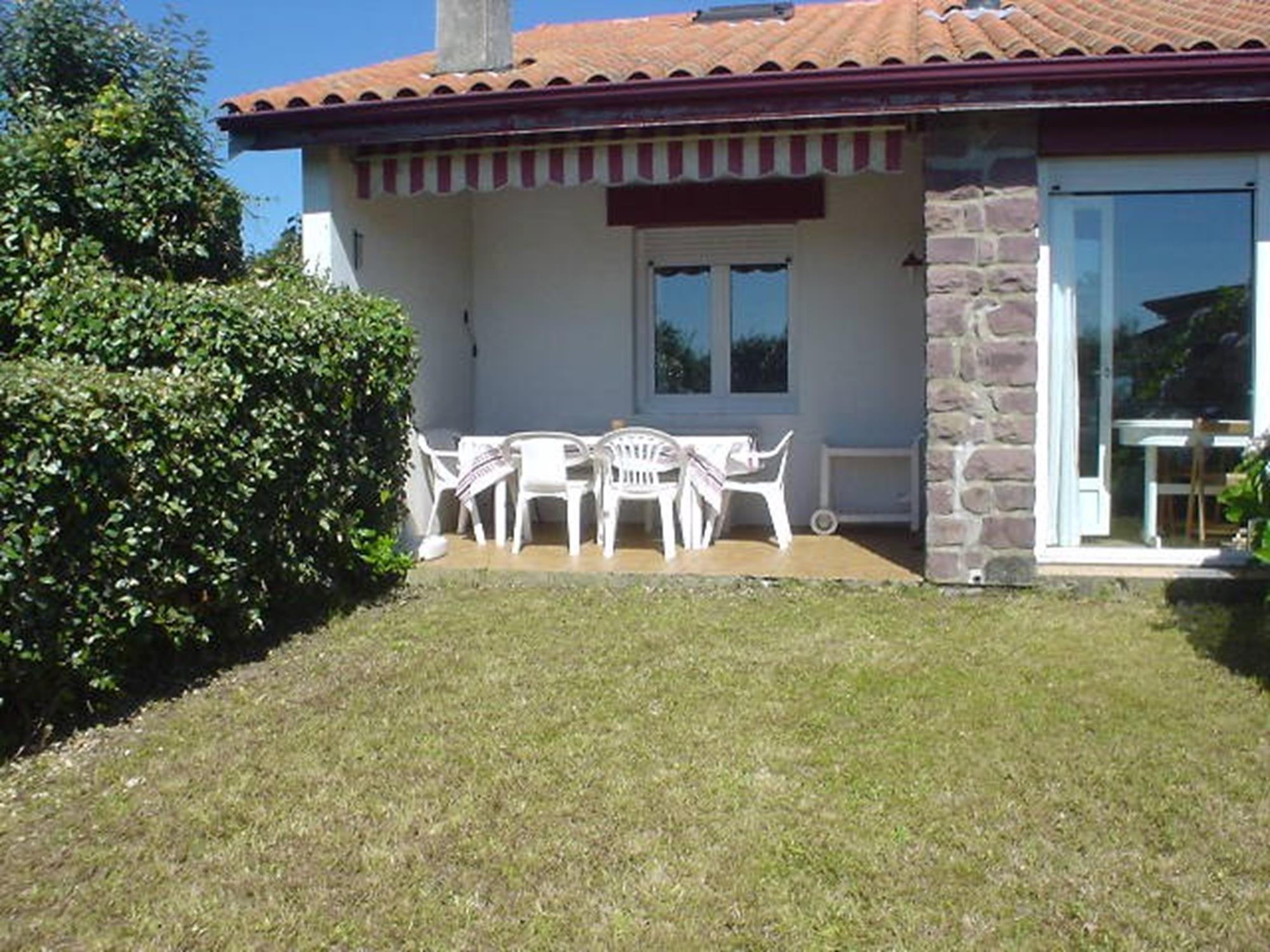 Maison individuelle avec jardin - Maison moderne avec jardin saint paul ...