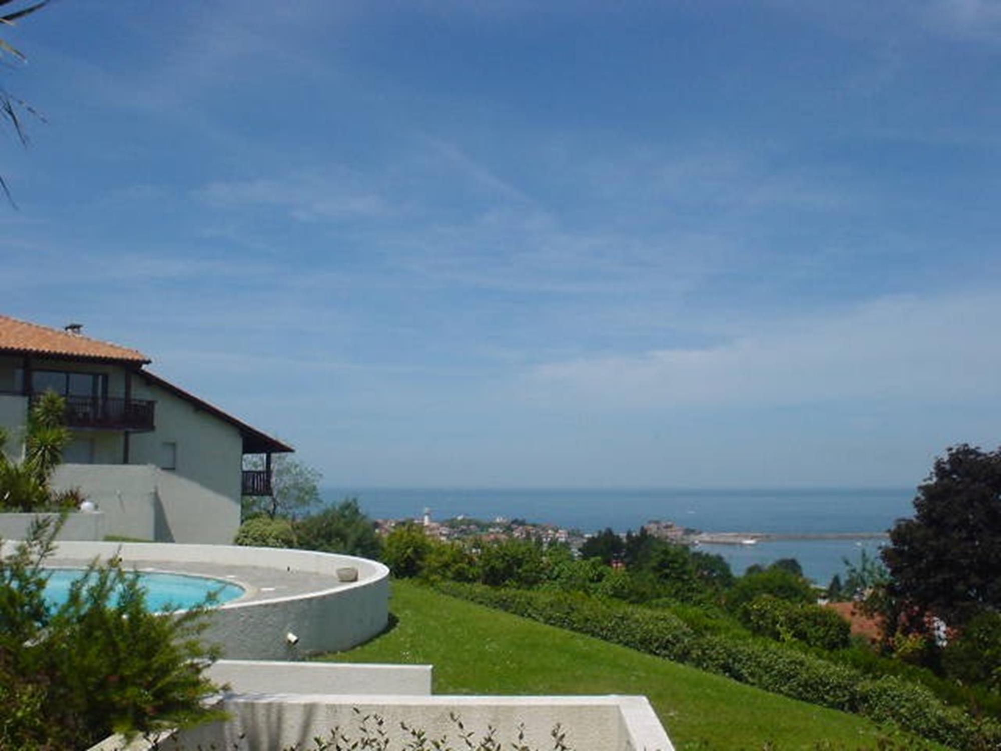 Appartement dans belle résidence avec piscine