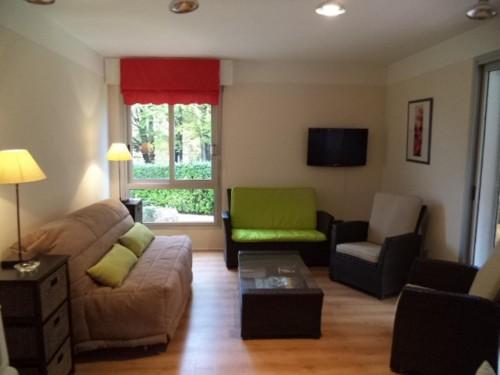 Appartement dans belle résidence en location vacances à ST JEAN DE LUZ CENTRE VILLE