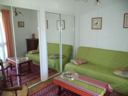APPARTEMENT en location vacances à ST JEAN DE LUZ (quartier du Lac)