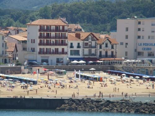 Appartement avec terrasse face à la baie