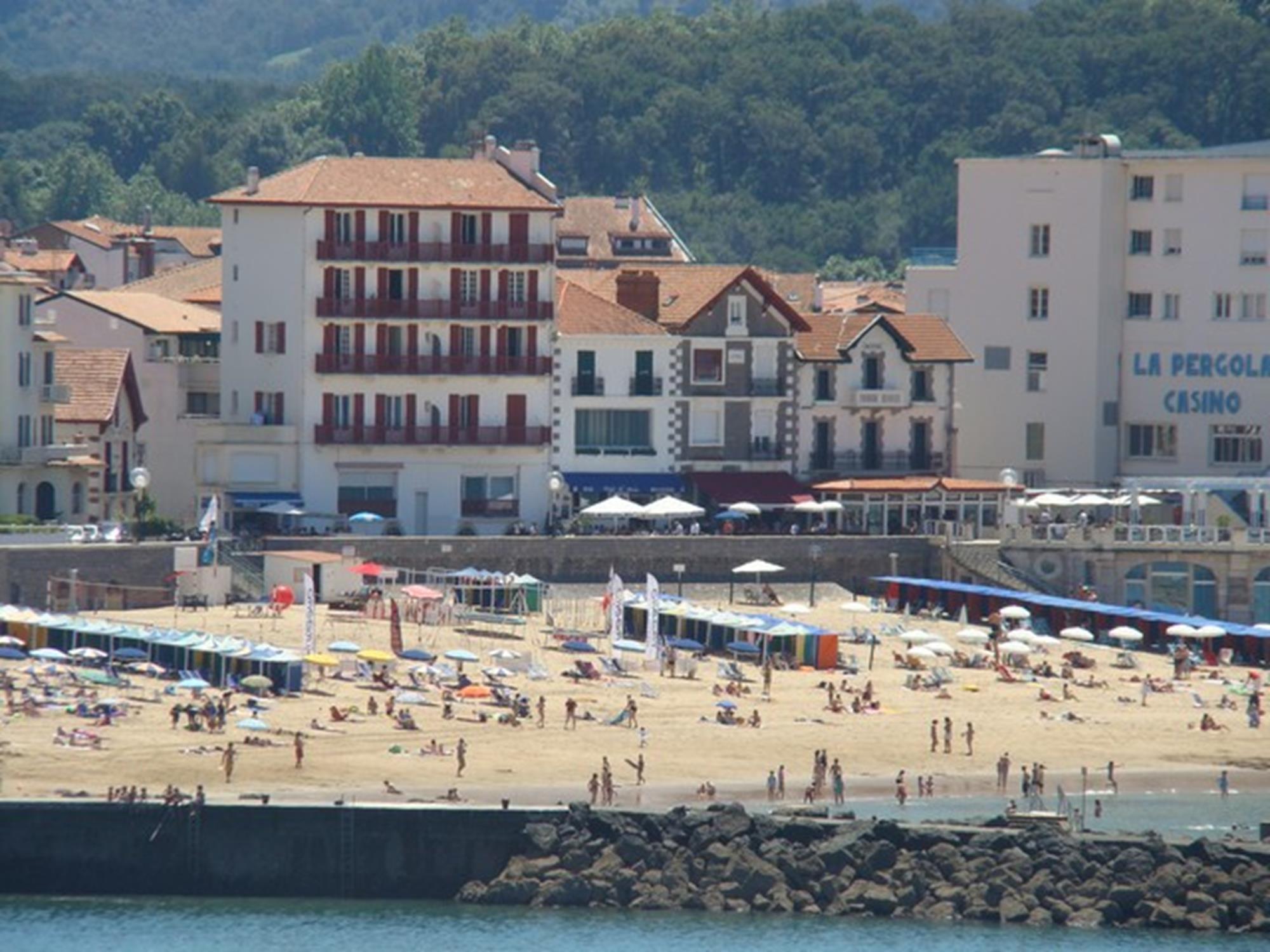 Appartement avec terrasse face mer