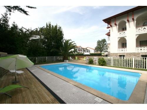 Studio dans résidence avec piscine chauffée