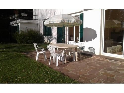 Appartement en rez-de-jardin en location vacances à ST JEAN DE LUZ