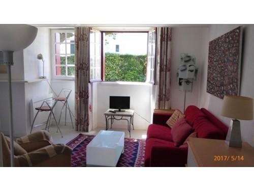 Appartement dans belle résidence en location vacances à ST JEAN DE LUZ