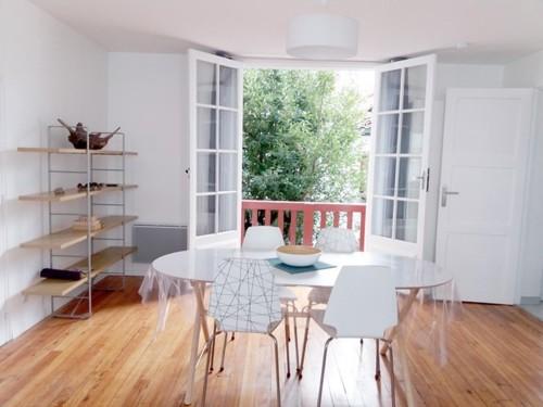 Bel appartement avec balcon en location vacances à ST JEAN DE LUZ CENTRE-VILLE