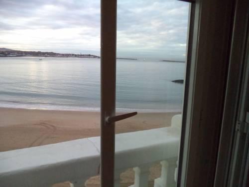 APPARTEMENT VUE MER en location vacances à St Jean de Luz Grande Plage