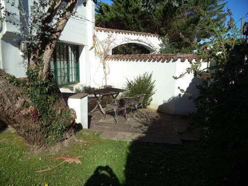 Pavillon individuel avec jardinet en location vacances à ST JEAN DE LUZ