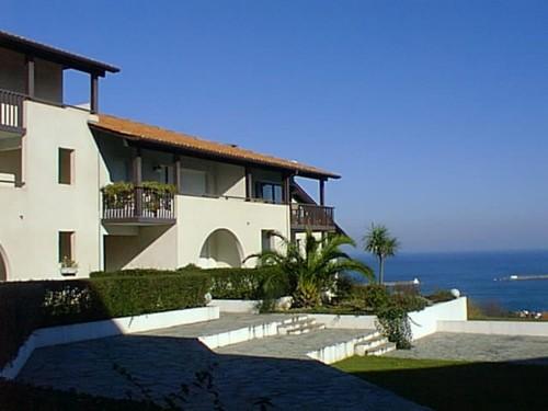 Appartement dans belle résidence avec piscine en location vacances à Ciboure/Socoa