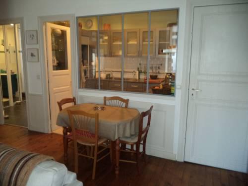 Appartement avec parking privé en location vacances à ST JEAN DE LUZ CENTRE-VILLE