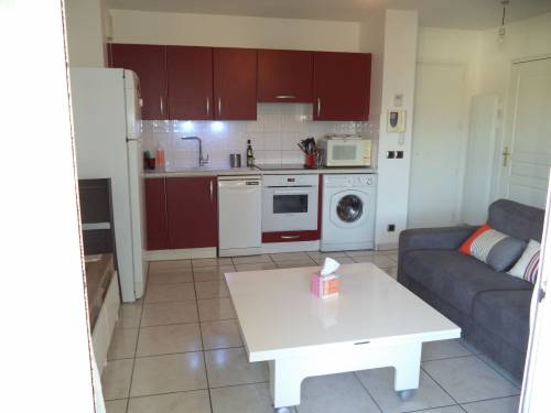 Appartement avec parking privé et terrasse en location vacances à Ciboure
