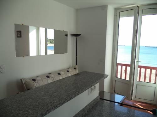 Appartement avec terrasse face mer en location vacances à ST JEAN DE LUZ plage
