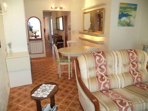 Confortable appartement en location vacances à St Jean de Luz (centre-ville)
