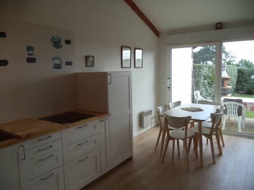 Maison individuelle avec jardin en location vacances à ST JEAN DE LUZ (quartier Acotz)