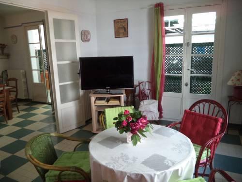 MAISON DE VILLE en location vacances à ST JEAN DE LUZ(Urdazury)
