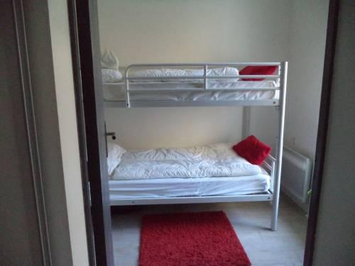 Appartement avec terrasse et parking en location vacances à ST JEAN DE LUZ (grande plage)