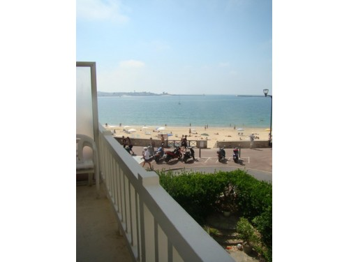 APPARTEMENT VUE SUR MER en location vacances à ST JEAN DE LUZ (plage)